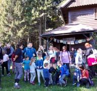31-Andreja-s-svojo-veliko-skupino-otrok